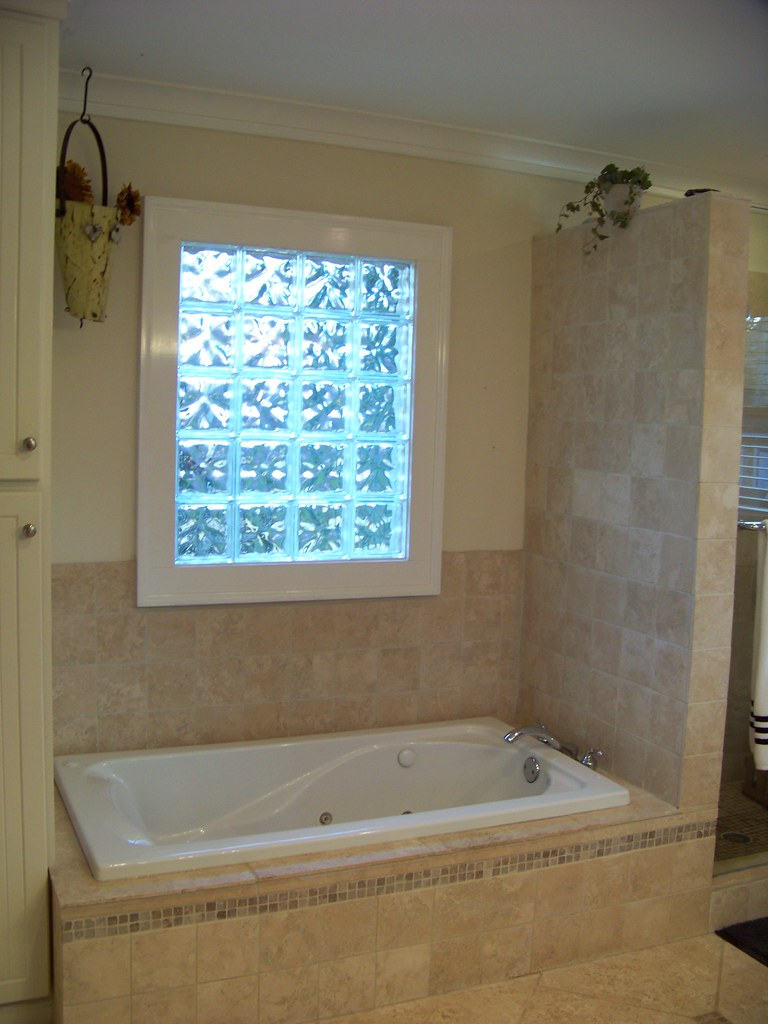 Glass bricks bathroom