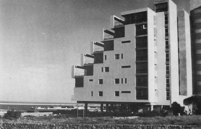 MAR del PLATA - Edificio Bonet - foto original 1958