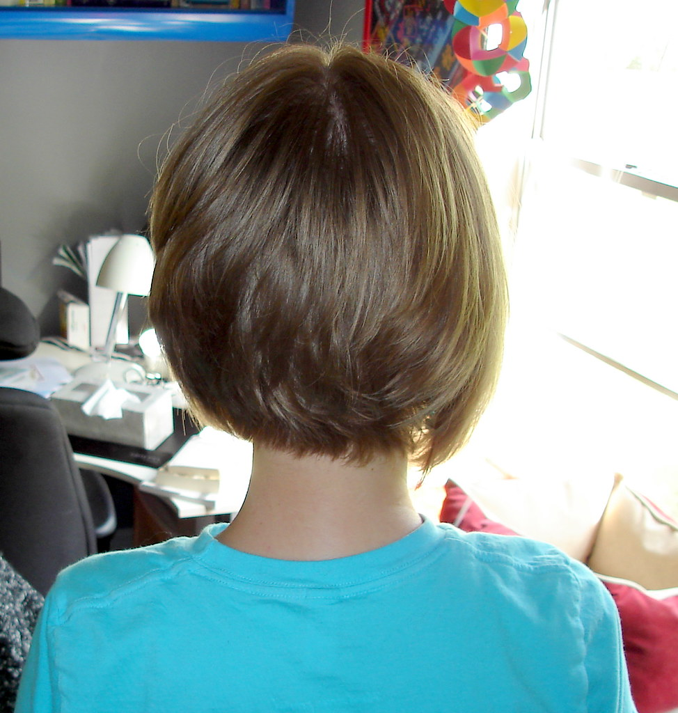 Bobbed Hair | yay! my bald spot from my crown cowlick ...