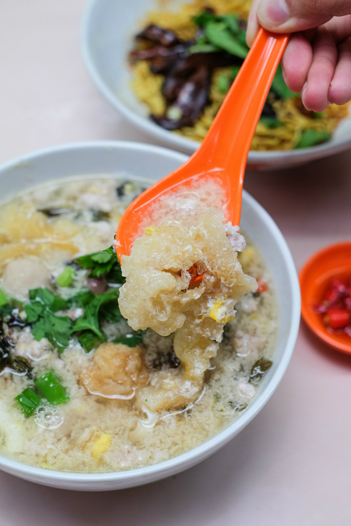 Ding Ji Mushroom Minced Meat Noodles