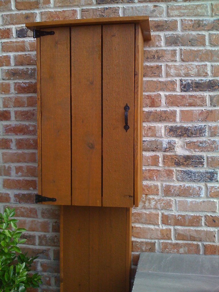 Cedar Electric Meter Cover Rustic Oak Rif Fence Stain