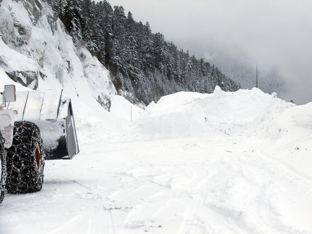 Clearing Stevens Pass   Washington State Dept of ...