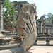 Un serpent Nâga à l'entrée ouest d'Angkor Vat