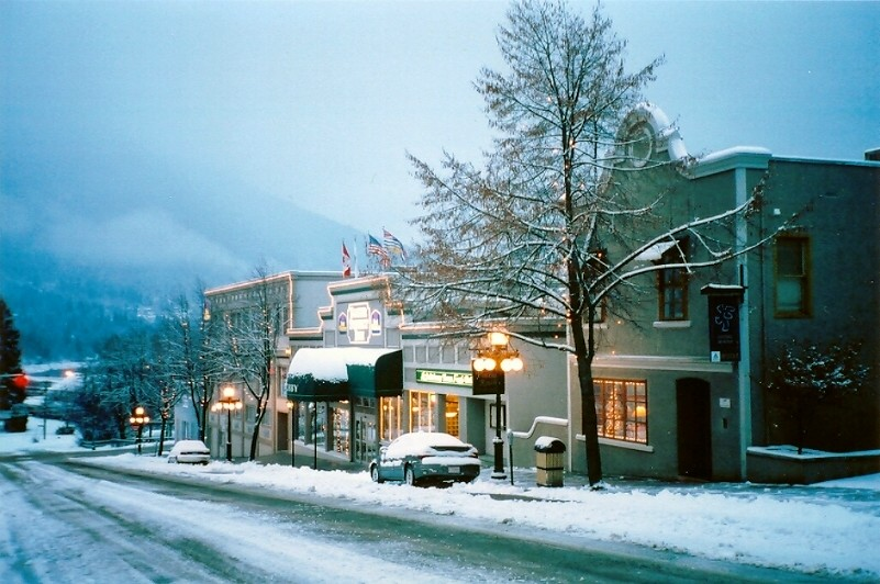 Nelson Canada Early Morning At The Dancing Bear Inn