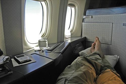 sleeping on the plane - photo by simiant - Ian MacKenzie ...