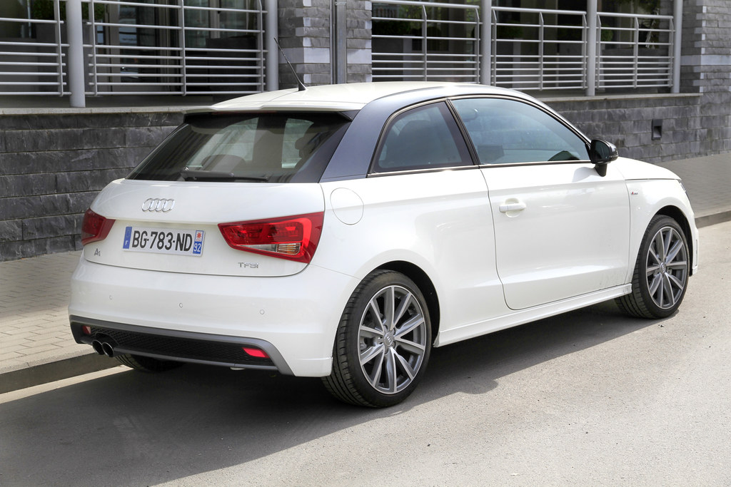 audi a1 1 4 tfsi s line test drive with the audi a1 1 4 tf flickr. Black Bedroom Furniture Sets. Home Design Ideas