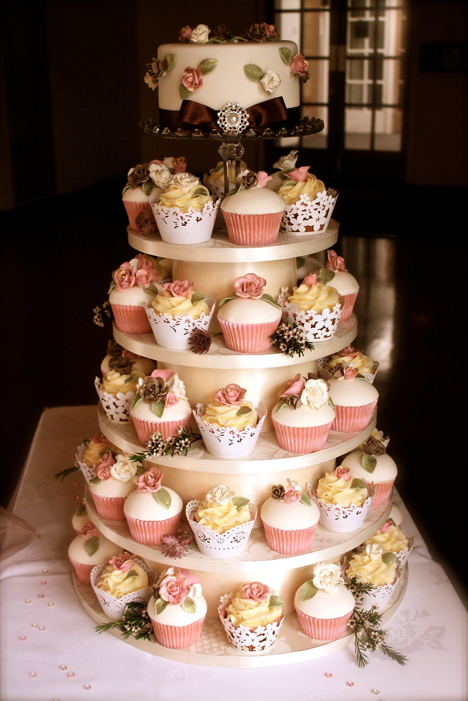 Vintage Rose Wedding Cupcake Tower I Only Had 4 Days To