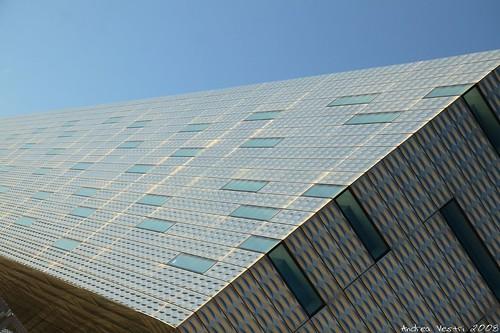 Pala isozaki progettato dall 39 architetto giapponese arata for Architetto giapponese