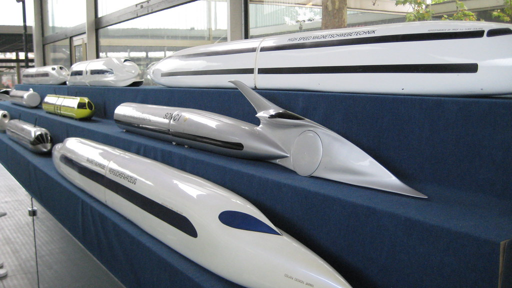 luigi colani high speed train designs more colani designs flickr. Black Bedroom Furniture Sets. Home Design Ideas
