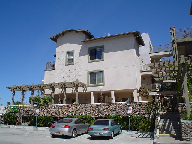 Apartment building in mission hills neghborhood san diego california flickr photo sharing - Apartment buildings san diego ...