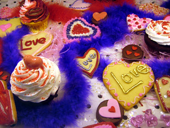 Cake Artist Rachel Mount : Cake and Art cupcakes and cookies See Cupcakes Take the ...