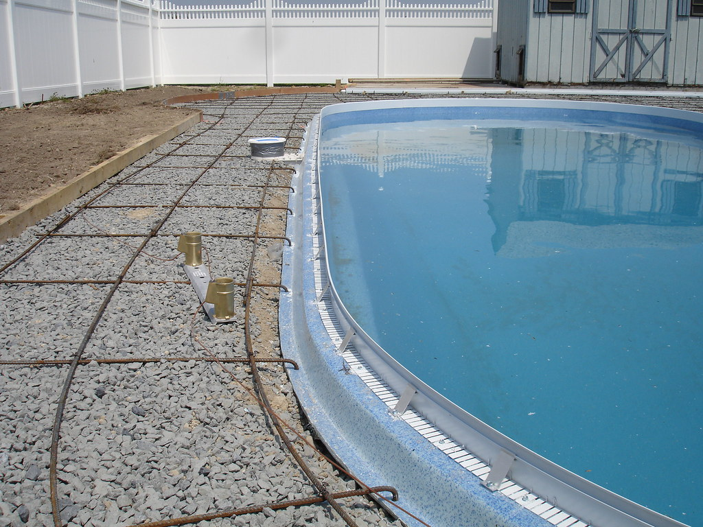 Cantilever Style Pool Deck Without The Hassle Www Vastec