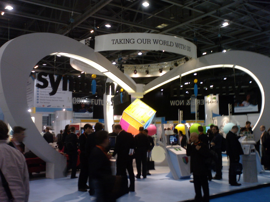Exhibition Stand Fitter Jobs London : Symbian stand at the smartphone show