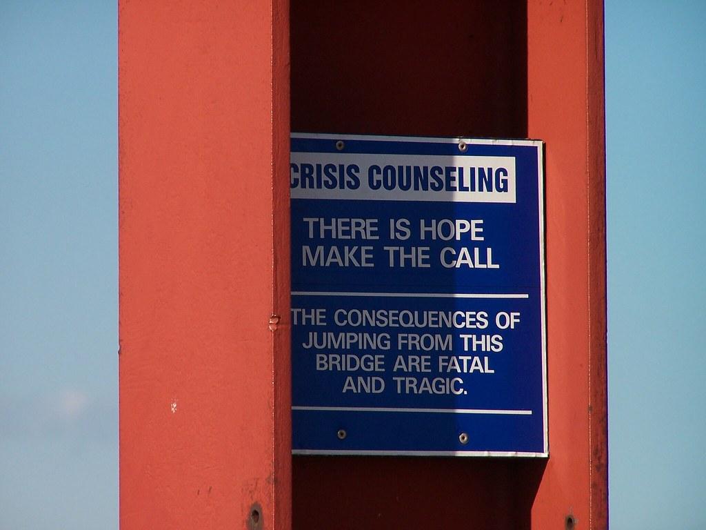 crisis counselling along the Golden Gate Bridge