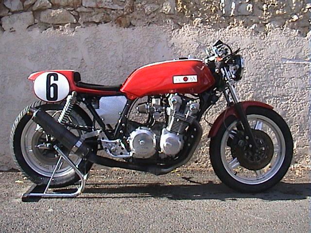 Honda CB750F DOHC Cafe Racer