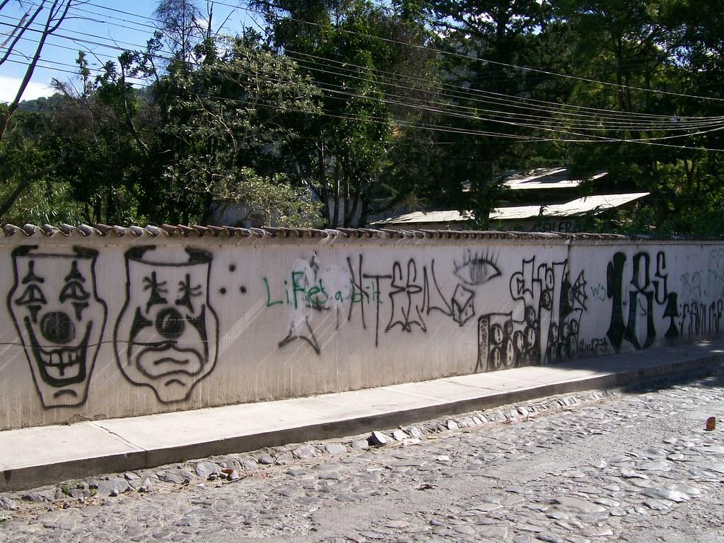 Gang Graffiti In Panajachel Notice The Eyes Dice Clowns Flickr