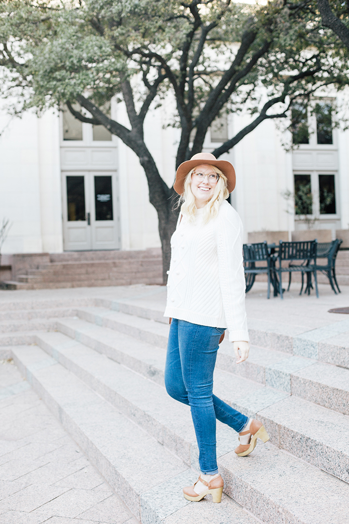 austin style blogger jcrew pom pom sweater clogs10