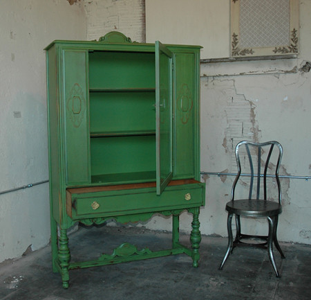green china cabinet | this green hutch has little yellow met… | Flickr