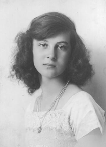 Duchess Of Kent >> Herzogin Marina von Kent, Duchess of Kent as young girl | Flickr