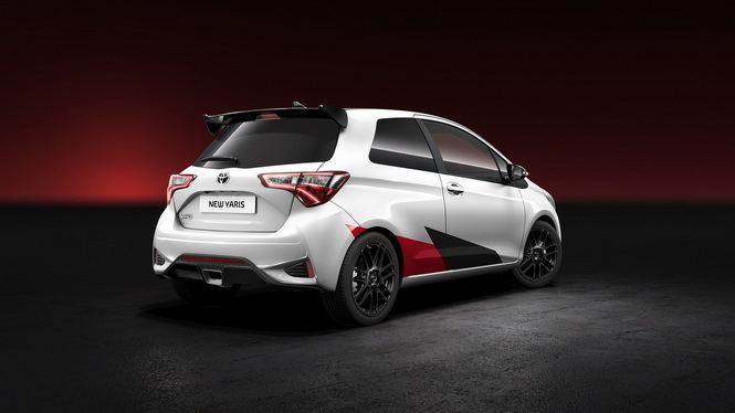 high-performance-toyota-yaris-2