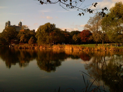 autumn in New York ... lalala lala la laa... | by • Brusselssprout_in_Manhattan • Eliane •