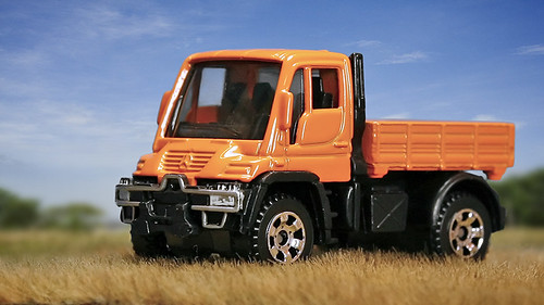 matchbox mercedes benz unimog u300 went shopping for. Black Bedroom Furniture Sets. Home Design Ideas