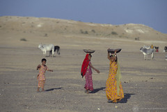 Women carrying water | by World Bank Photo Collection