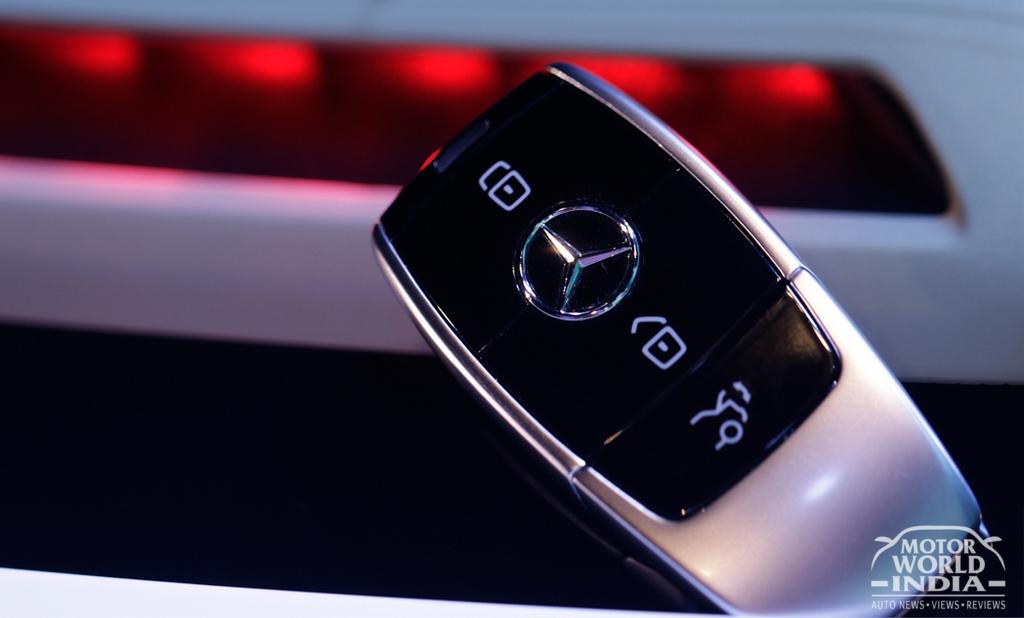 2017-Mercedes-Benz-E-Class-LWB-Key