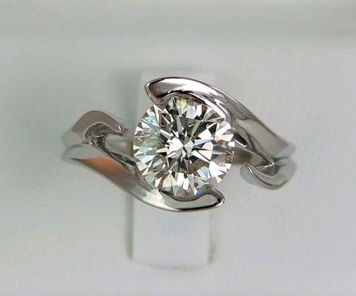 Floating Diamond Engagement Ring Settings
