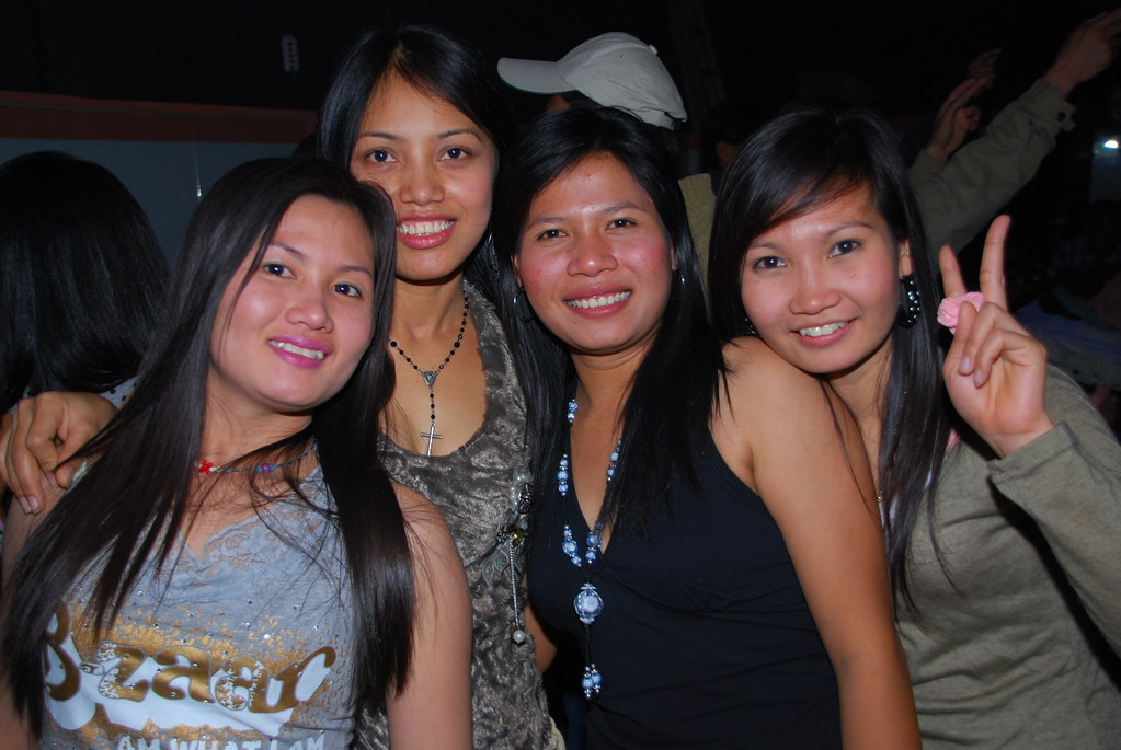 New Years Party at Thai Star | Booze, hot Thai girls