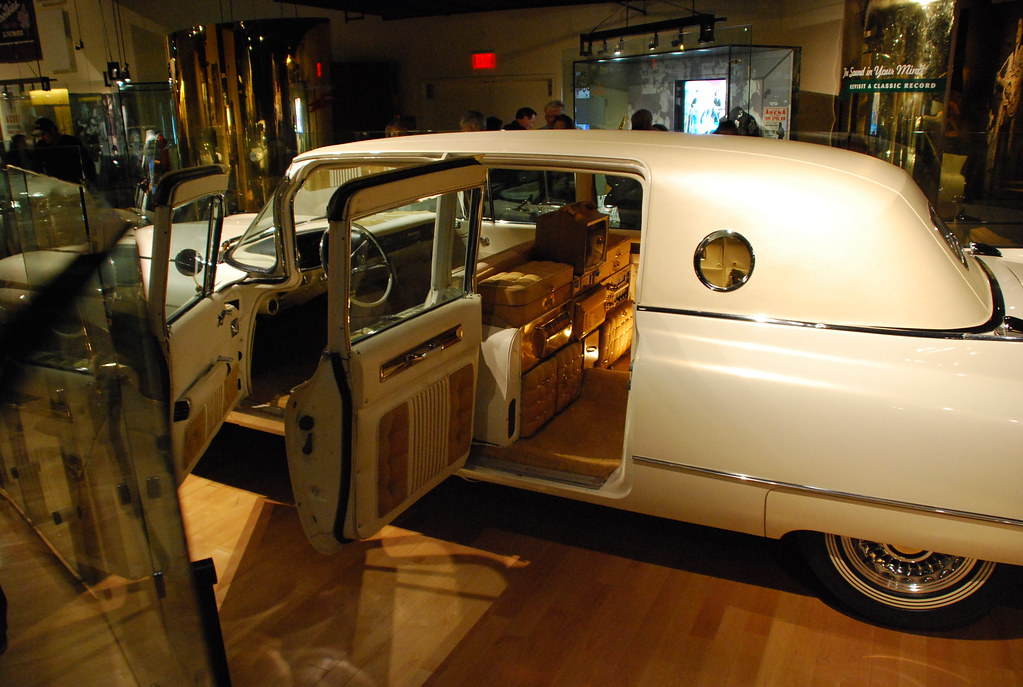 Elvis Gold Cadillac Country Music Hall Of Fame And Museum Flickr