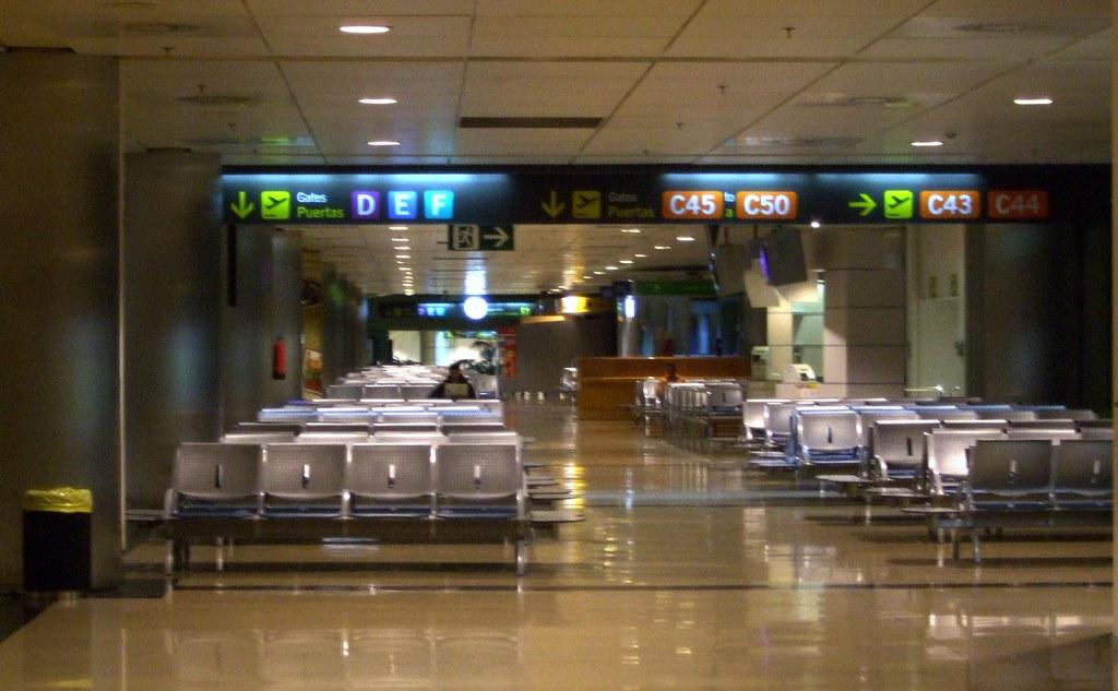 Image gallery madrid barajas airport terminal 1 - Terminal ejecutiva barajas ...