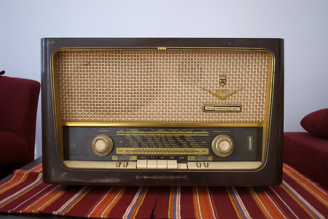Old radio flickr photo sharing for Classic house radio