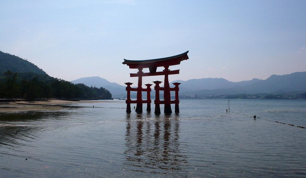 Floating Torii, Miyajima  Itsukushima Jinja Hatsukaichi Miy…  Flickr