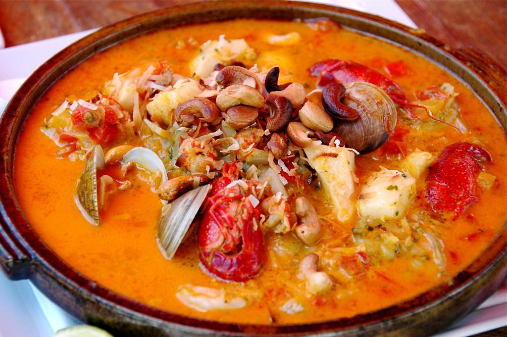 moqueca mista | Moqueca is a traditional Brazilian seafood ...