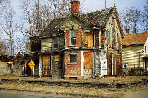 Fix My Car >> Dilapidated House 1 | I drove by this house today in Kingsto… | Flickr