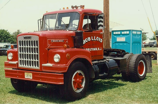 1965 White 4000 Semi Tractor : White short hood model conventional offered by