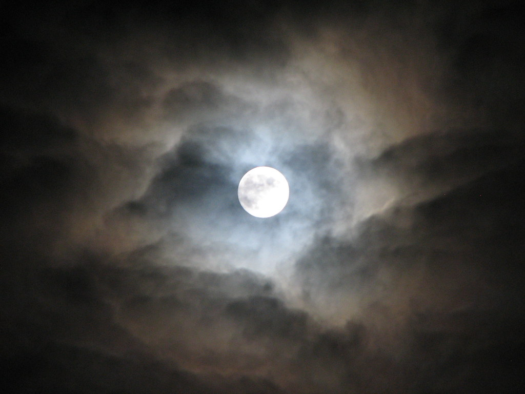 How to Create a Cloudy Moon or Planet with Excel