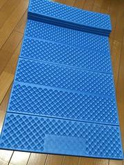 折り畳み式の準備厚手のレジャーシート