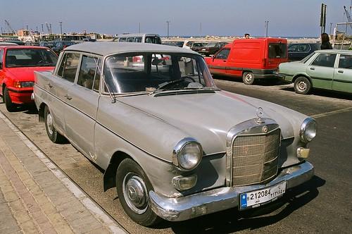 Old 1950s mercedes benz sidon lebanon ian cowe flickr for Mercedes benz lebanon