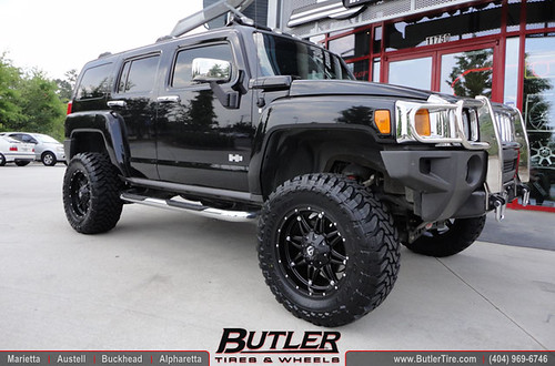 Hummer H3 with 18in Fuel Hostage Wheels | Additional ...