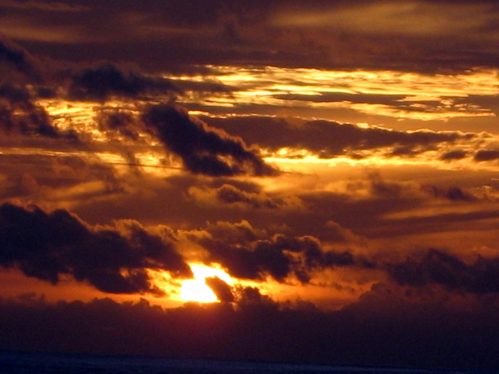 describe a sunset Sunset or sundown is the daily disappearance of the sun below the horizon due  to earth's  the word levant, related eg to french (se) lever meaning lift or  rise (and also to english elevate), is also used to describe the east in polish.