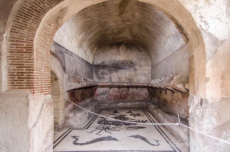 termas en la visita a Herculano