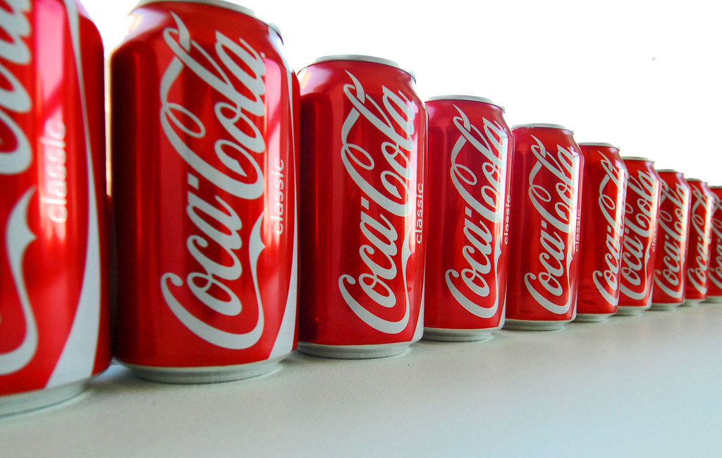 coca cola dividend policy Coca-cola dividend policy 1233 words | 5 pages coca-cola dividend policy the definition of dividend is as follows: a dividend is the distribution or sharing of parts of profits to a company 's shareholders.