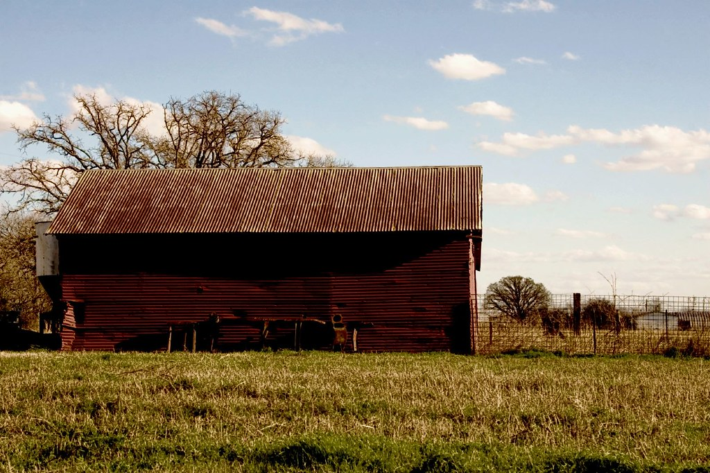 Red metal barn red barns are my favorite carol von for Red metal barn