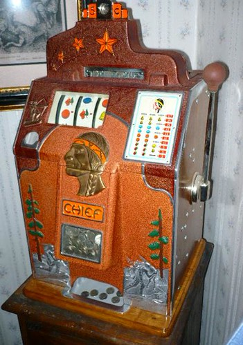 1930s Jennings Chief Slot Machine Also Known As A Quot 4