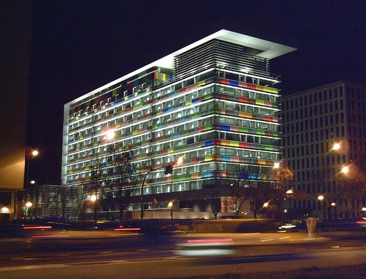 Edificio_del_I.N.E._(Madrid)_011