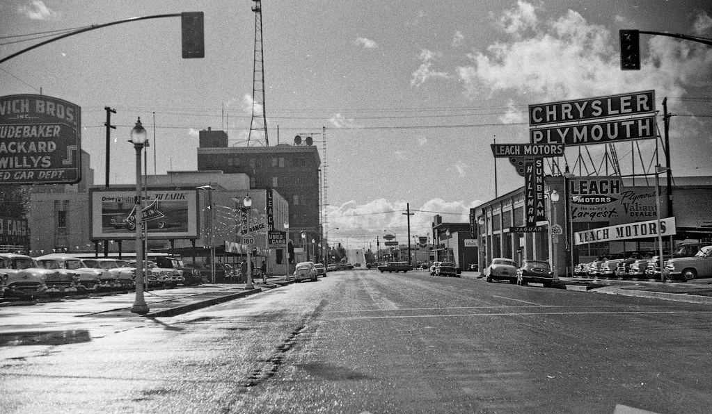 Car Dealerships In Fresno Ca >> Stanislaus looking SW in Fresno in 1961 | At the M Street ...