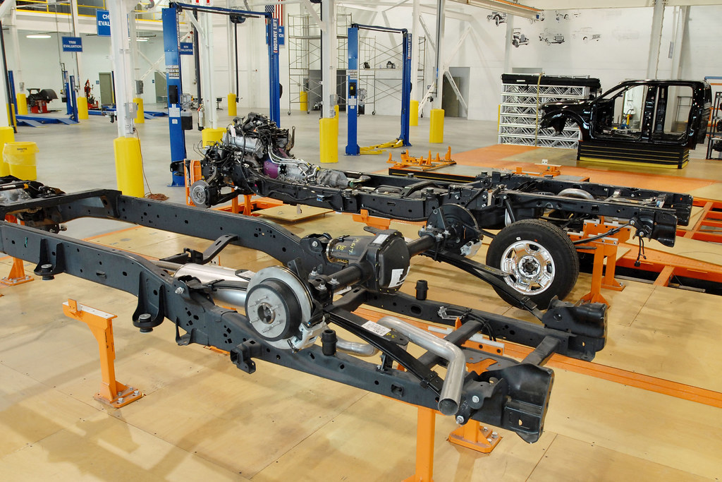 Ford 39 S New Model Quality Center Fixed Platforms Hold An