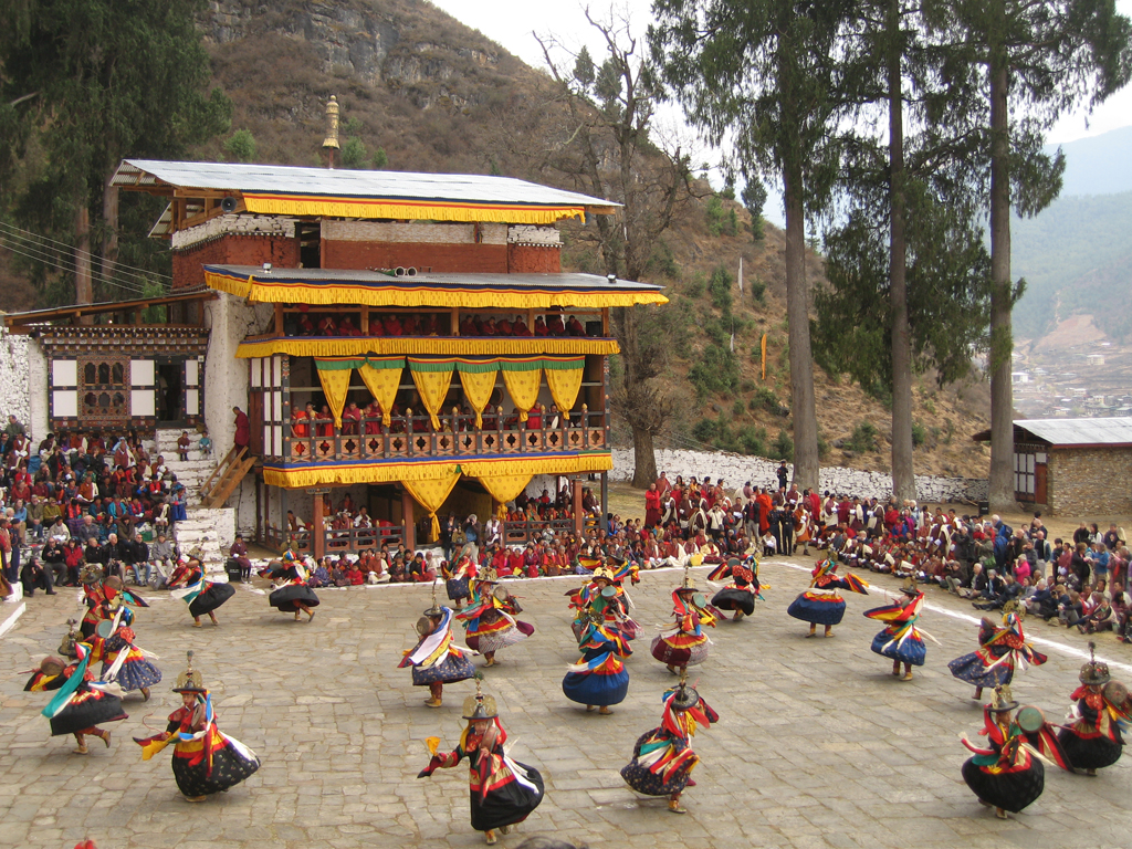 Zshana Ng Cham: Dance of the Black Hats with Drums, Paro Tsechu